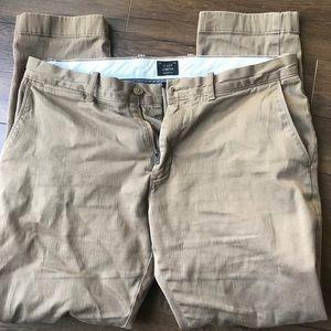 J. Crew men's stretch chino pant in tan